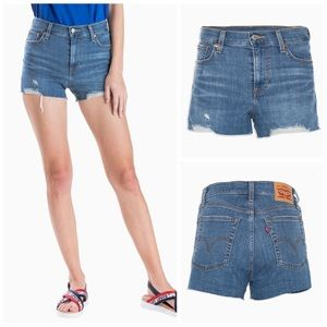 Levi's High-Rise Women's Shorts—Dark Wash Size 30